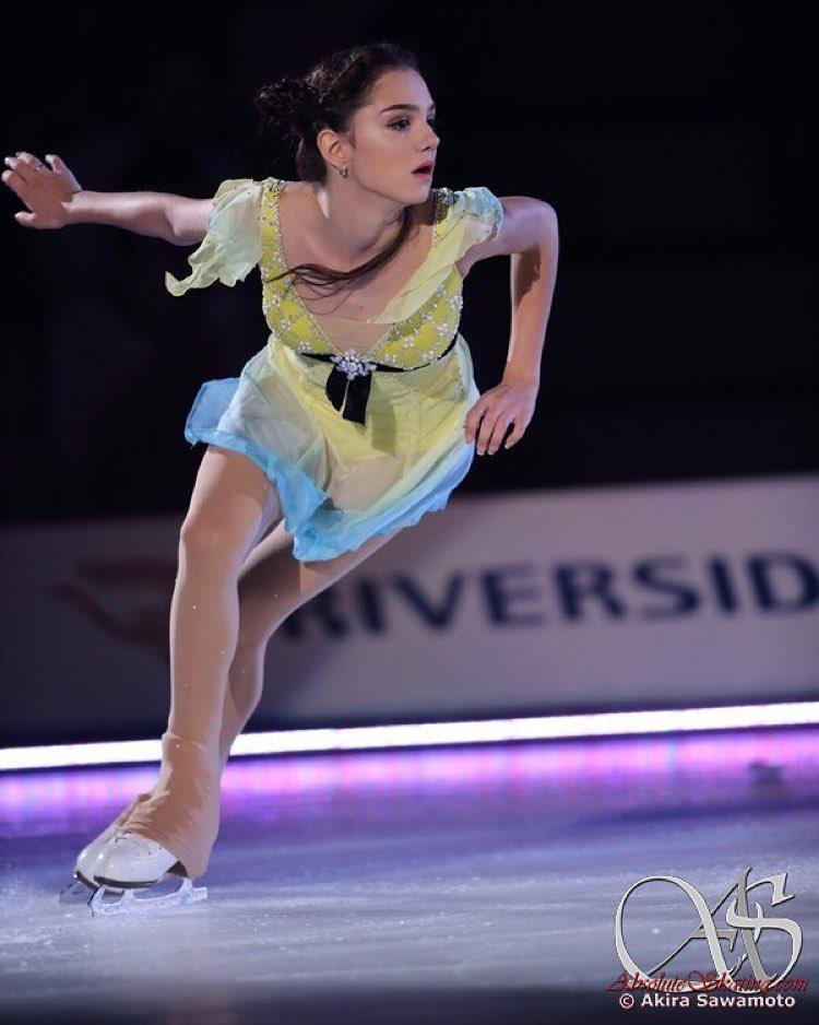 画像1: Evgenia MedvedevаさんはInstagramを利用しています:「Dreams on ice」 www.instagram.com
