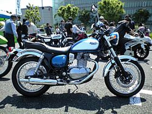 画像: カワサキ・エストレヤ - Wikipedia