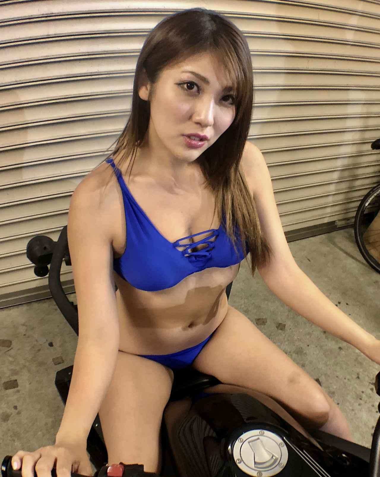 画像1: 【Beauty & Bike】麻美とカンナム・スパイダー Vol.01
