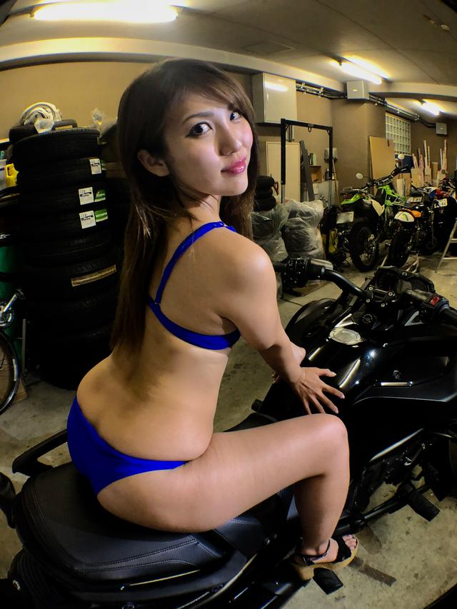 画像1: 【Beauty & Bike】麻美とカンナム・スパイダー Vol.10