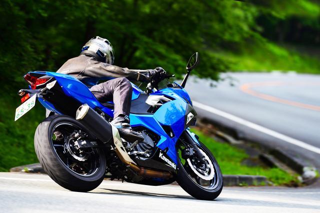 画像1: 一体感と操る楽しさを、バイクがフォローする