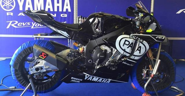 画像: スペイン・ヘレスのテストに登場した2016年型ヤマハYZF-R1スーパーバイク。Pata Crescent Yamahaからシルバン・ギュントーリ(仏)とアレックス・ローズ(英)の2名が参戦します。 images.moto.it