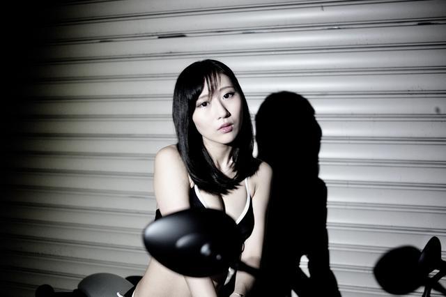 画像1: 【Beauty & Bike】璃彩と澪とインディアン vol.06