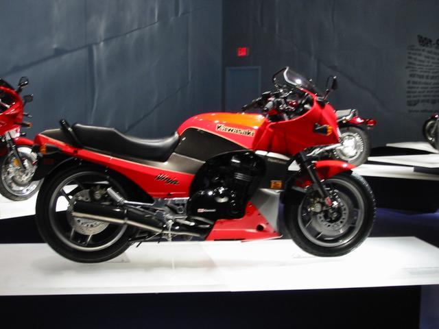 画像: トーマスが選ぶ【カネがあったら買っちゃうぞ】のバイク:第2回 Kawasaki Ninja GPZ900R - LAWRENCE(ロレンス) - Motorcycle x Cars + α = Your Life.