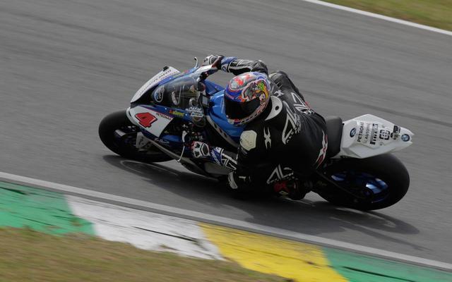 画像: やるじゃんバロス! 46歳がブラジル国内レースで優勝! - LAWRENCE - Motorcycle x Cars + α = Your Life.