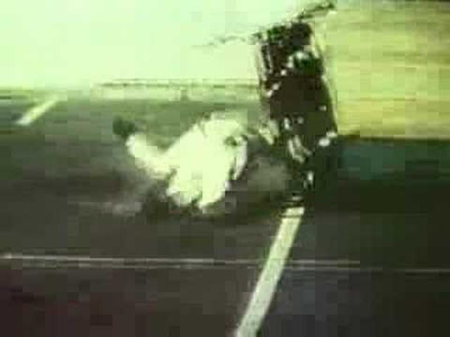 画像: Evel Knievel at Caesar's Palace youtu.be