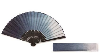 画像: 〈白竹堂〉本藍染扇子セット 10,800円/本館5階