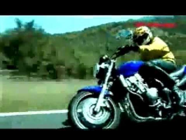 画像: Honda Hornet Valentino Rossi youtu.be