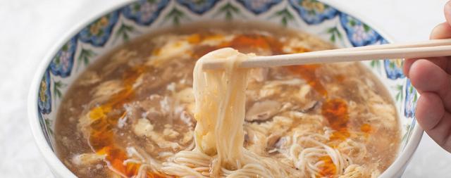 画像: 揚州商人は関東エリア展開のチェーン店。「酸辣湯麺」が看板メニューです。 www.yousyusyonin.com