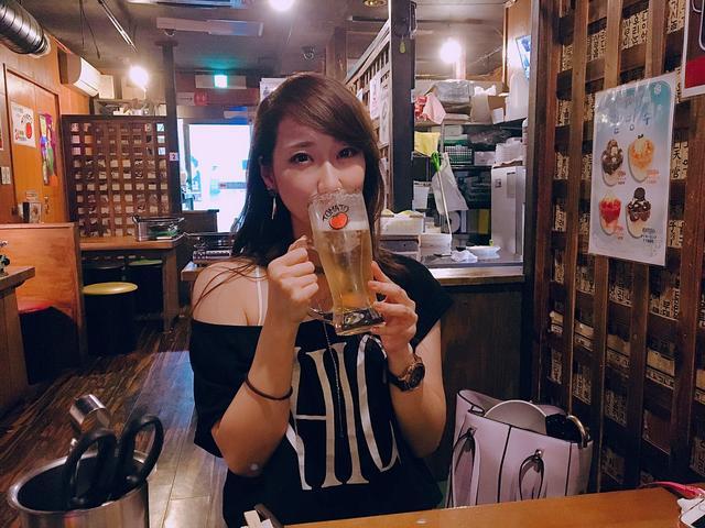 画像: ひたすらビールを飲みまくる。