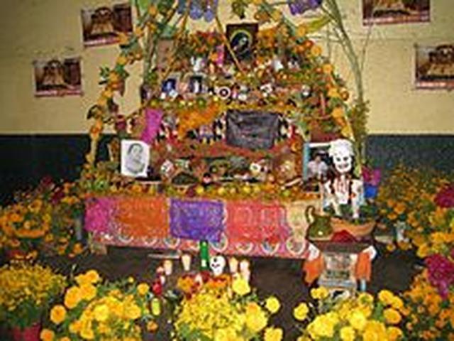 画像: 死者の日 (メキシコ) - Wikipedia