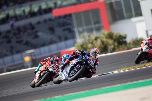 画像: ポルトガルのレース1、2で表彰台を獲得したマイケル・ファン・デル・マーク(ヤマハ、60番)。 race.yamaha-motor.co.jp