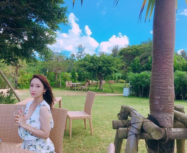 画像2: 青い海と美味しいお酒!?ミク様の夏休みを紹介♡in 沖縄〜!!【水曜日のミク様】