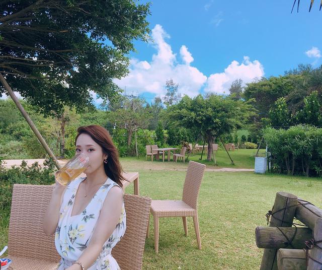 画像3: 青い海と美味しいお酒!?ミク様の夏休みを紹介♡in 沖縄〜!!【水曜日のミク様】