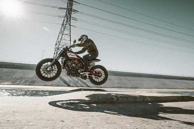画像: うぉ〜! これイイじゃん、スカウトFTR1200カスタム! - LAWRENCE - Motorcycle x Cars + α = Your Life.