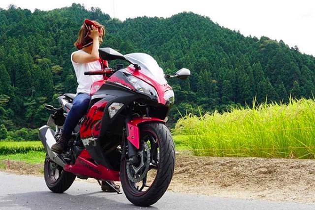 画像: 中型女子ライダー最高!カワサキ Ninja250にまたがる美女が素敵すぎる!【グラカワインスタ投稿紹介vol.1】 - LAWRENCE - Motorcycle x Cars + α = Your Life.