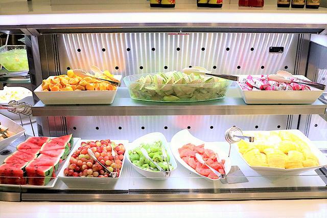 画像: 旬の新鮮なフルーツが食べ放題!ビタミン大事! www.enjoytokyo.jp