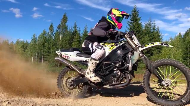 画像: イカシてる or イカレてる!? 162馬力のスズキGSX-R1000ダートバイク!!!!!! - LAWRENCE - Motorcycle x Cars + α = Your Life.