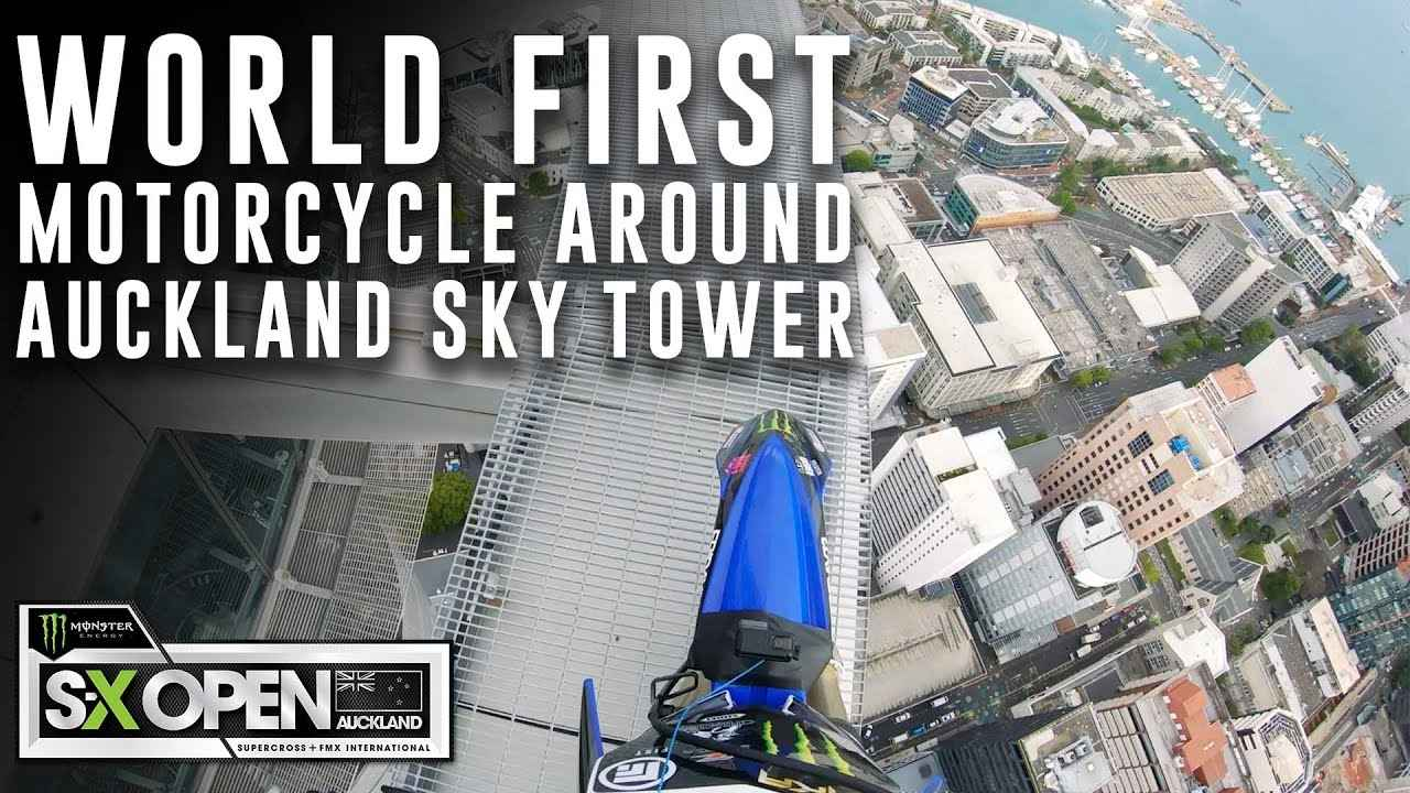 画像: World First Motorcycle Around Auckland's Sky Tower - S-X Open Supercross www.youtube.com
