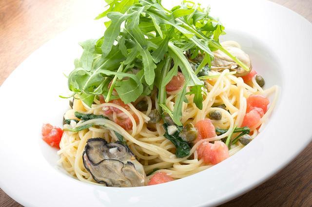 画像: 牡蠣とルッコラのパスタ ostrea.jp