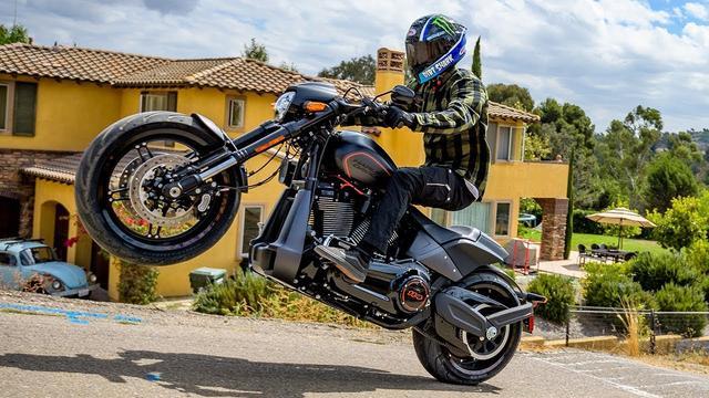 画像: Street 2 Dirt Slay w/ Axell Hodges   Harley-Davidson youtu.be