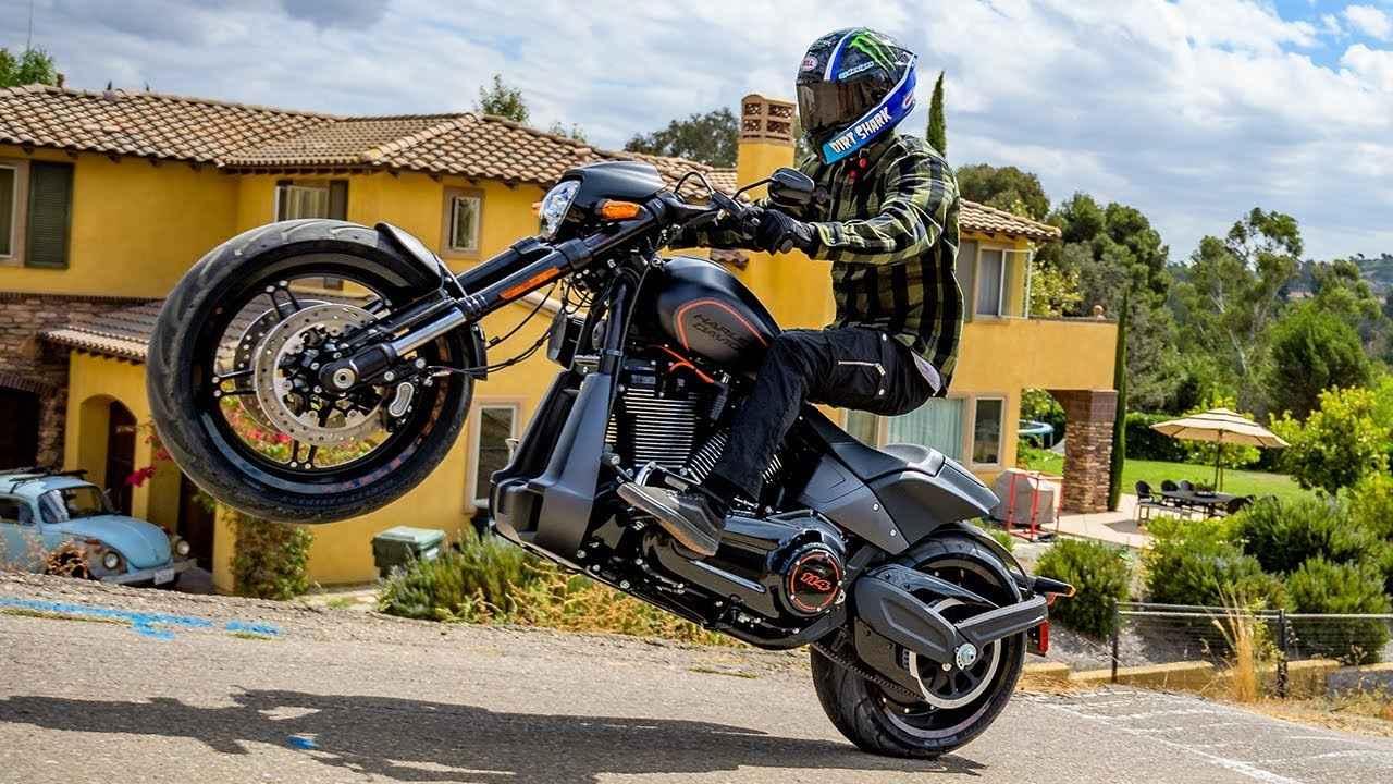 画像: Street 2 Dirt Slay w/ Axell Hodges | Harley-Davidson youtu.be