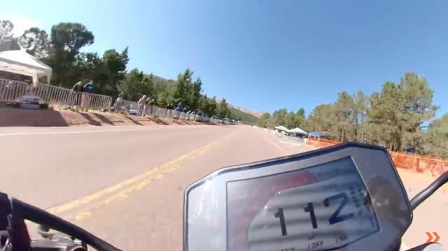 画像: 112? 大したスピードじゃないな・・・と思うなかれ、112km/hではなく、112mph≒180.2km/hです・・・! www.youtube.com