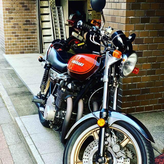 画像: 動かなくなってしまった我がゼッツー(KAWASAKI 750RS、通称ZII)。