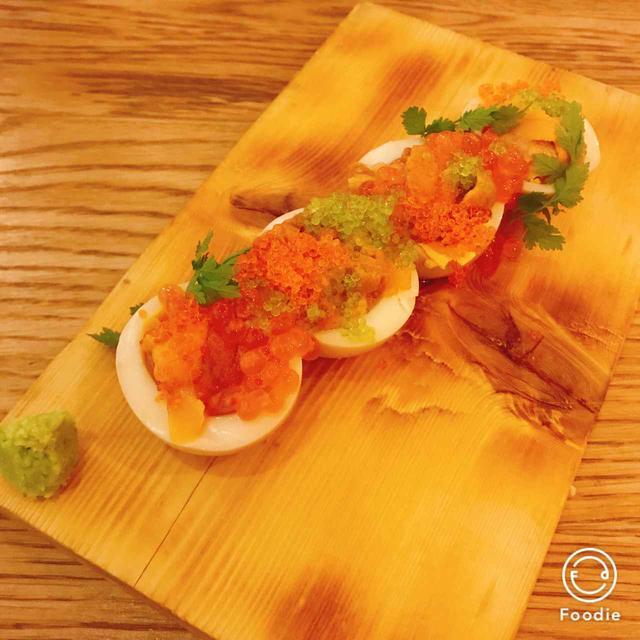 画像: 半熟卵の生雲丹のせ (ウニタマ)  ¥980