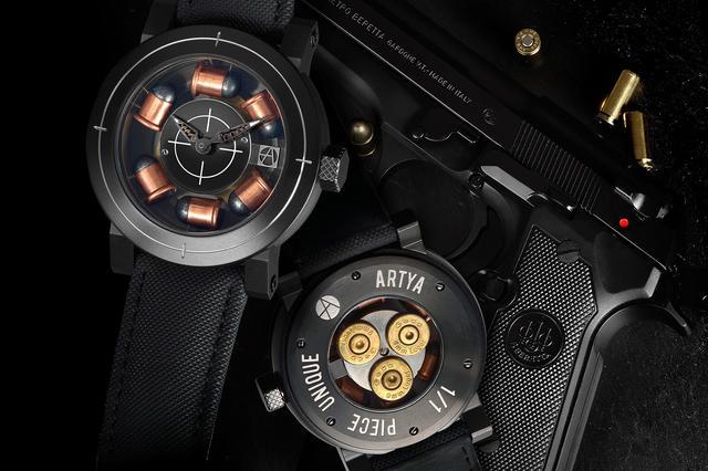 画像: 時計+銃でアーティアを世界中に知らしめた2011年発売のSon of a Gun