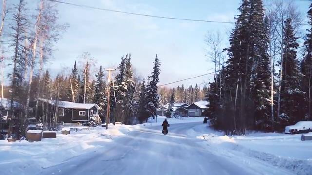 画像: 冬のアクティビティとしての「Ride North Moto 2019」に、魅力を感じる人も少なくなさそうですね。 www.youtube.com