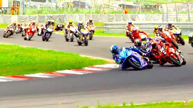 画像: 国内最高峰のロードレースを、無料のライブストリーミングで楽しめるのは、非常にありがたいです! www.youtube.com