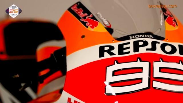 画像: ロレンソ用のホンダRC213Vにつく「99」には、ツノが生えているのですね・・・。 www.youtube.com