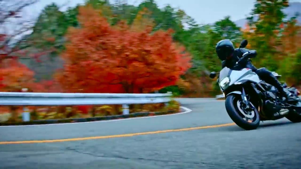 画像: ワインディングを走る新型KATANA! なかなか絵になります! www.youtube.com