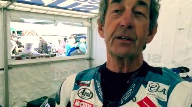 画像: スティーブ・パリッシュは、1977年にバリー・シーンのチームメイトとしてGP500ccクラスにスズキから参戦。引退後はヤマハBSBチームの監督としても活躍しています。 www.youtube.com