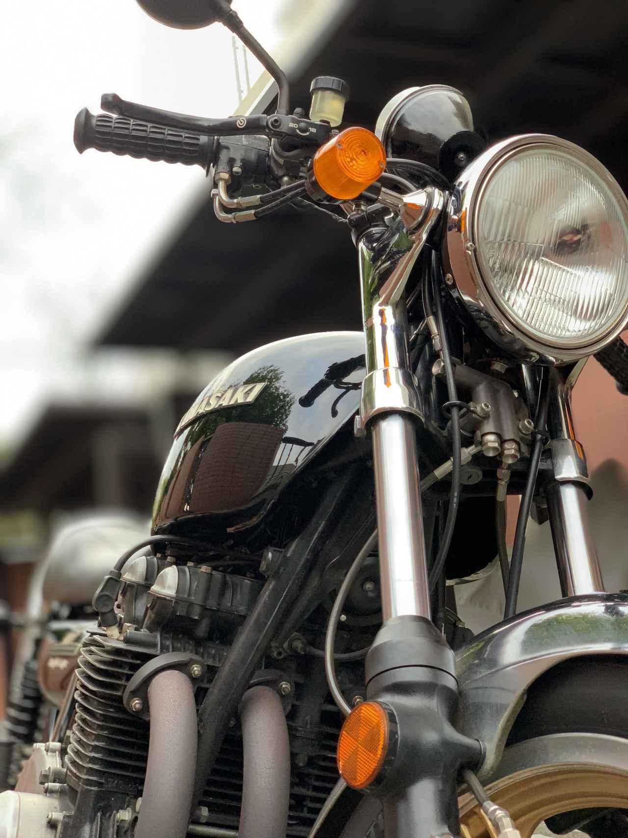 画像: 黒いカワサキ 2。Z1の姿を纏った Z2 - LAWRENCE - Motorcycle x Cars + α = Your Life.