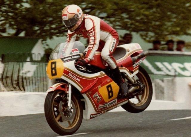 画像: 1979年セニアTTで、スズキXR22に乗るM.ヘイルウッド。このレースで彼は、通算14勝目となる勝利を記録しました。 www.pinterest.jp