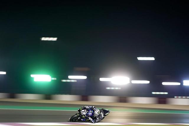 画像: 今シーズンから「12」番をつけたヤマハYZR-M1に乗ることになったM.ビニャーレス。 race.yamaha-motor.co.jp
