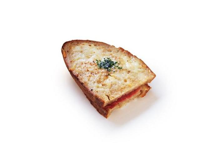 画像: ガーデンハウスカフェの「鎌倉ハムとグリュイエールチーズのクロックムッシュ」(550円) www.walkerplus.com