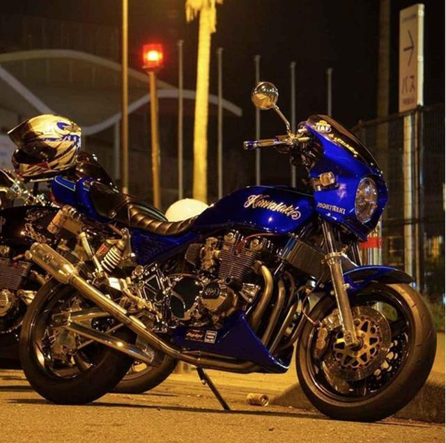 画像: 夜が明けるまで走り続けたくなる...カワサキ ゼファー550の一枚【グラカワインスタ紹介Vol.22】 - LAWRENCE - Motorcycle x Cars + α = Your Life.