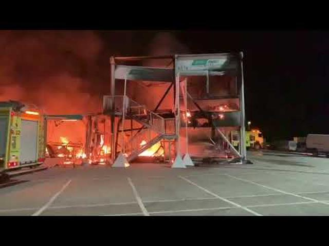 画像: Les MotoE partent en fumée lors des tests de Jerez youtu.be