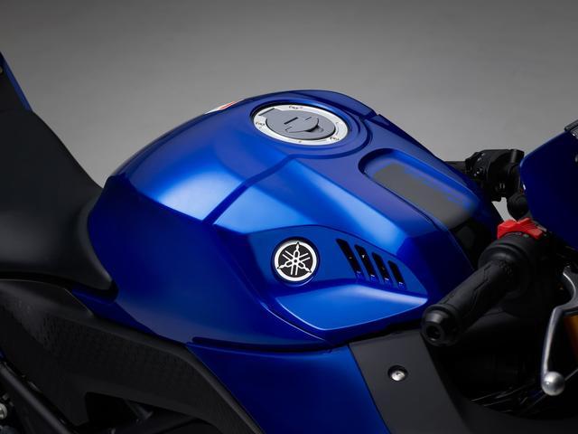 画像2: ヤマハ発動機が「YZF-R25/ABS」をマイナーチェンジ!新デザインを発売☆