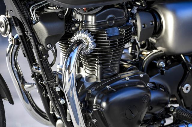 画像3: 音と振動。まずエンジンありき。