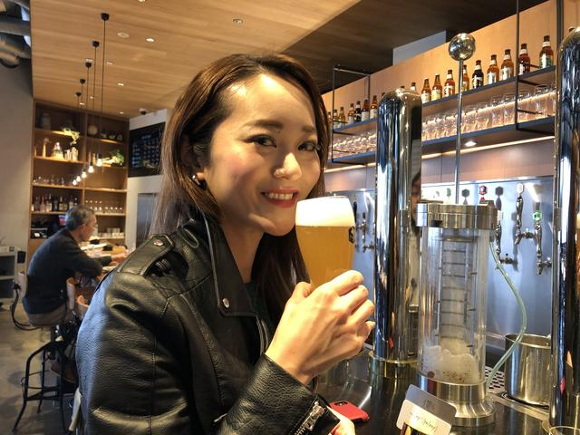 画像: ビールに夢中!