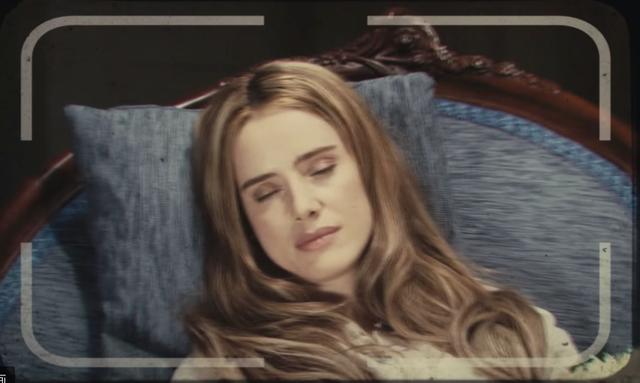 画像2: 死してなお美しい娘に魂を奪われてしまった青年『アンジェリカの微笑み』-1/100の映画評