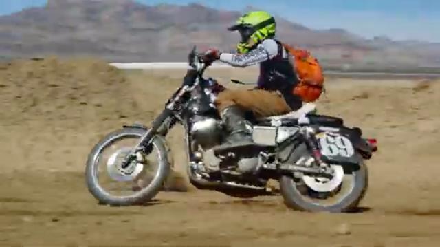 画像: アーニー・ウェルスの走り。足まわりをモディファイしてますが、わりとスタンダードっぽい仕様ですね。 www.youtube.com