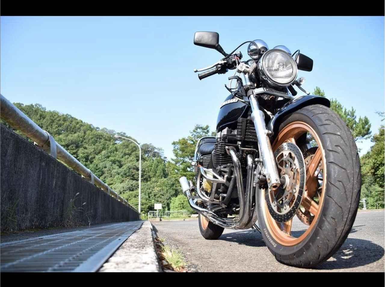 画像: ダムに負けない存在感!レアモデルのカワサキゼファーX登場!【グラカワインスタ紹介Vol.25】 - LAWRENCE - Motorcycle x Cars + α = Your Life.