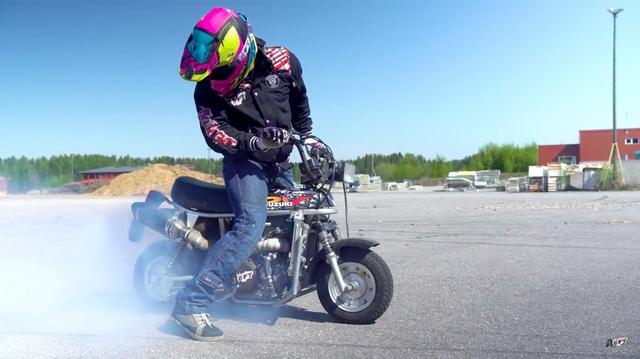 画像: もうほとんどビョーキ!? 450ccエンジンを搭載したスズキ・エポ!! - LAWRENCE - Motorcycle x Cars + α = Your Life.