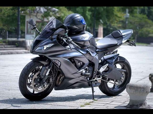 画像: 黒豹を彷彿とさせる唯一無二の636ccカワサキ ZX-6Rの一枚。【グラカワインスタ投稿紹介vol.29】 - LAWRENCE - Motorcycle x Cars + α = Your Life.