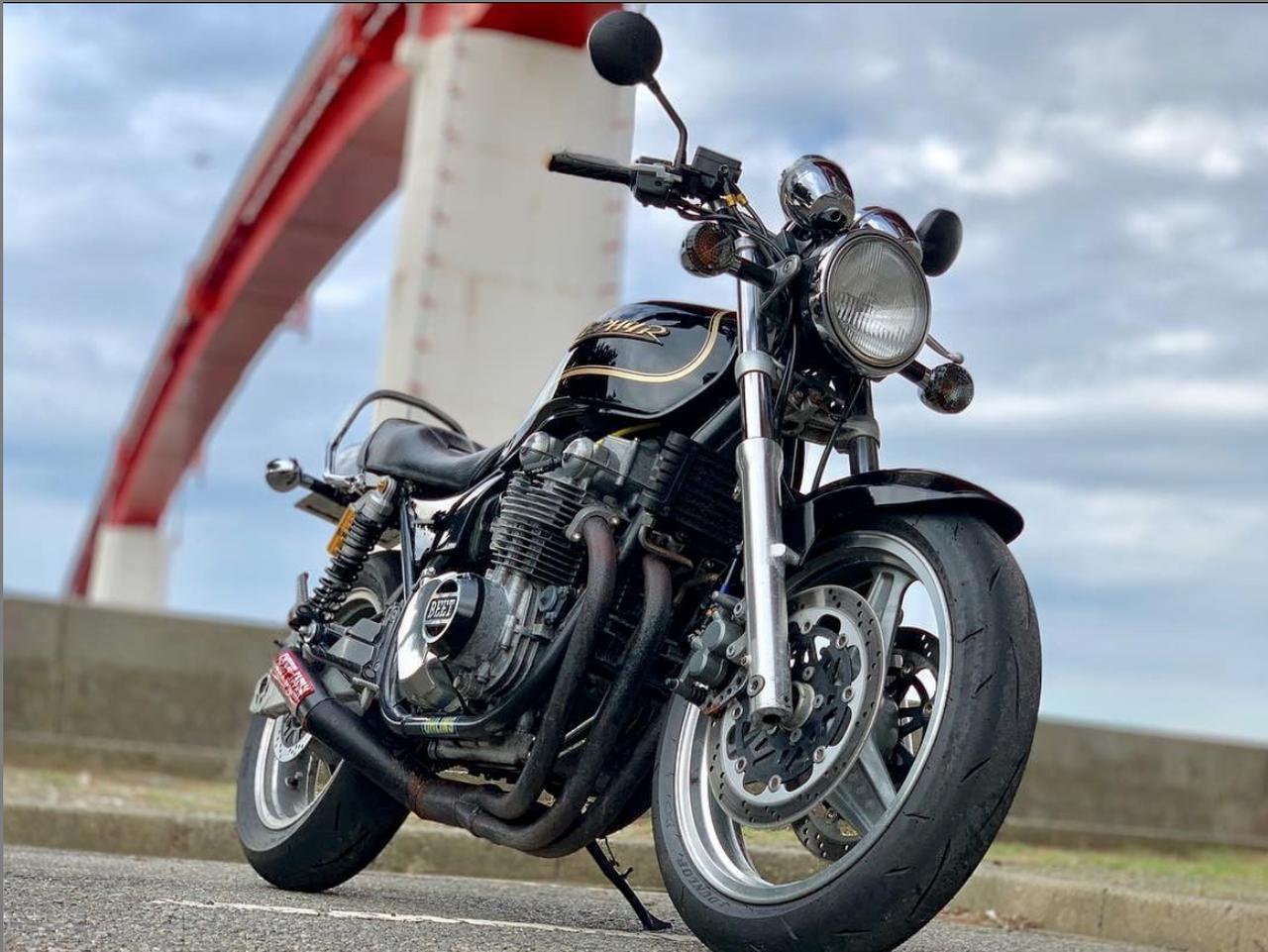 画像: 雷が走った?!限定レアなカワサキ ゼファー750の一枚。【グラカワインスタ投稿紹介vol.30】 - LAWRENCE - Motorcycle x Cars + α = Your Life.